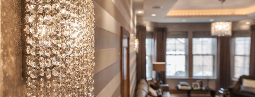 私人住宅内的Linea W水晶壁灯, Manooi Crystal Chandeliers