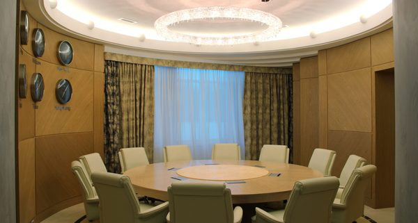 莫斯科豪华办公室, Manooi Crystal Chandeliers